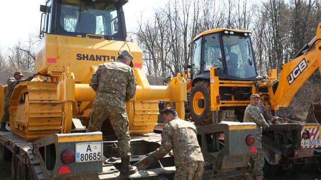 România | Armata a început construirea unui spital mobil. În 5 zile va fi funcțional și va trata cazurile ușoare și medii de coronavirus (VIDEO)