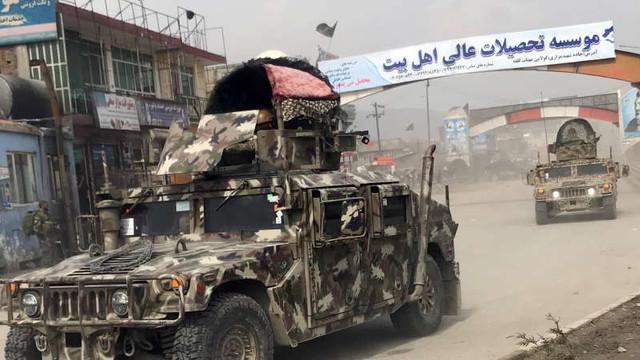 Afganistan | Cel puțin 18 răniți după un atac asupra unei adunări politice la Kabul