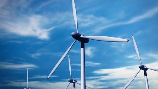 ANRE a expediat spre publicare tarifele și prețurile la energia electrică din resurse regenerabile. Cât va costa energia verde