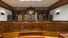 """Nodul Gordian   Societatea civilă – în apărarea independenței Curții Constituționale: """"Cerem politicienilor să înceteze atacurile"""" (AUDIO)"""
