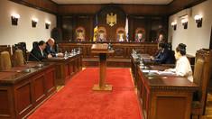 Nicolae Negru: Decizia Curții Constituționale rămâne o enigmă, deși la mijloc ar putea fi întrezărite jocuri și interese politice