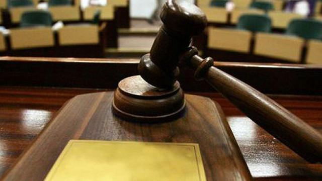 Două sesizări la Inspecția Judiciară. Sunt vizați Maxim Lebedinschi și ministrul Voicu