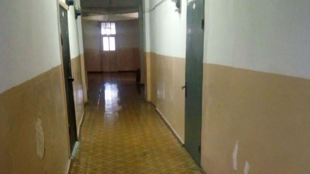 Un cămin studențesc și un bloc locativ din Chișinău au fost izolate
