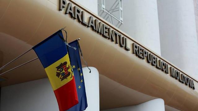 Ședință specială la Parlament privind angajamentele de răspundere a Guvernului. Opoziția spune că acțiunile propuse sunt sterile și nu vor avea efecte
