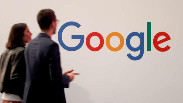 Fost inginer Google, condamnat la închisoare pentru că a furat planurile mașinii autonome de la gigantul american