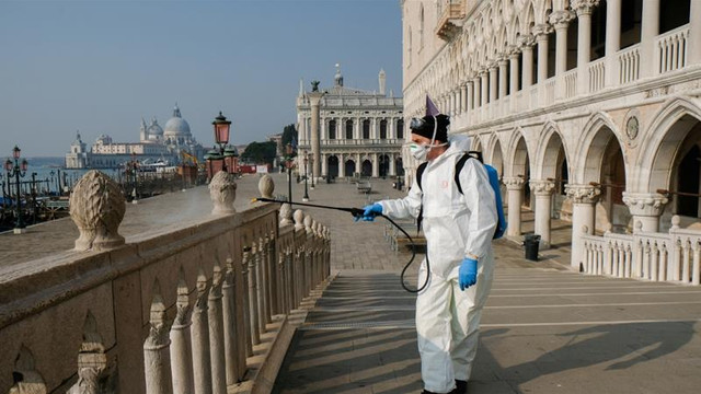 Record de cazuri noi de COVID-19 în Italia