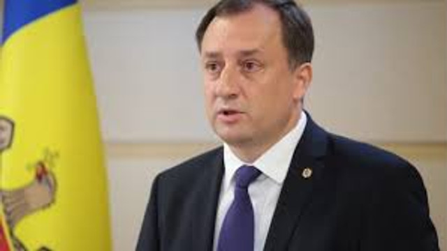 Deputatul Partidului Șor, Denis Ulanov, susține că proiectul pe care guvernul urma să-și angajeze ieri răspunderea în fața Parlamentului nu poate fi considerat ca adoptat