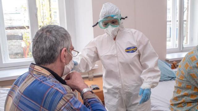 """Primăria anunță că a fost finalizată amenajarea Centrului de triere a pacienților suspecți cu COVID-19 de la """"Moldexpo"""