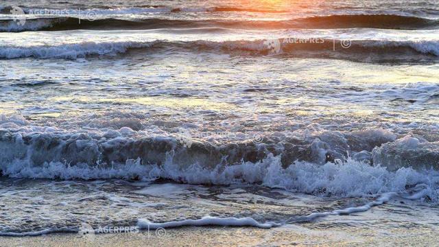 ''Pompa biologică'' din oceane captează de două ori mai mult carbon decât se credea (studiu)