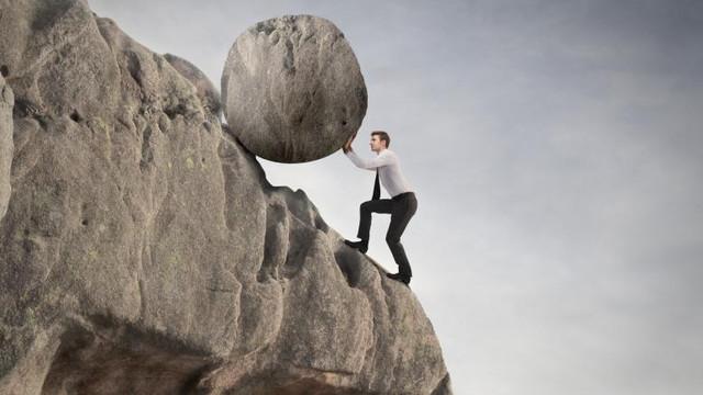 Cât timp va resimți economia efectele crizei? Cele trei scenarii