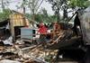 Mai mult de 125 de persoane date dispărute pe mare în India, în urma ciclonului