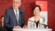 Președintele Austriei, prins de poliție într-un local, alături de soție, după ora închiderii