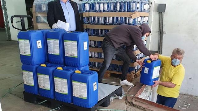 FOTO | Ambasada României a anunțat că ajutorul acordat de autoritățile de peste Prut, în sumă de 3,5 milioane de euro, a ajuns la primii beneficiari