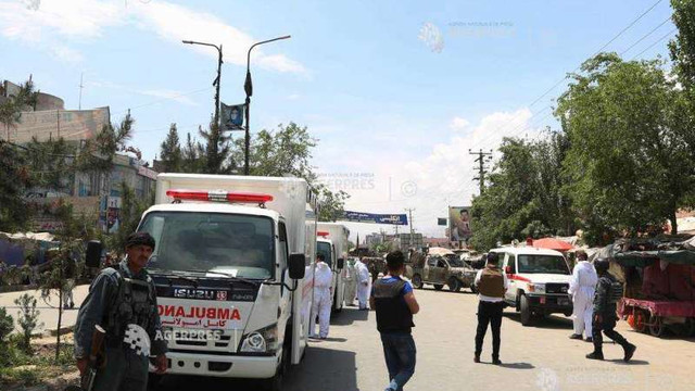 Afganistan: Cel puțin cinci oameni uciși în explozia unui camion-capcană; talibanii revendică atacul