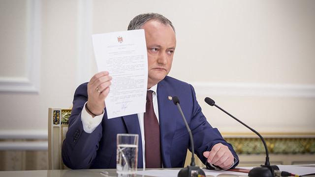 Igor Dodon, care a părăsit PCRM pentru a adera la PSRM, propune adoptarea unei legi prin care să fie interzisă trecerea deputaților dintr-un grup parlamentar în altul
