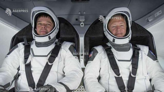 VIDEO | Misiunea NASA și SpaceX de întoarcere pe Pământ: Capsula Dragon cu cei doi astronauți s-a decuplat cu succes de Stația Spațială Internațională