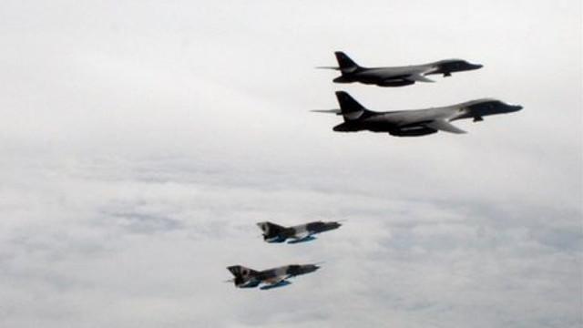 Bombardiere americane B-1B, misiuni în premieră cu aeronave F-16 și MiG-21 românești în spațiul aerian al României