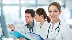 Taxele de studii la medicină pentru 2020-2021 rămân neschimbate. Cât îi costă studiile pe viitorii medici (Sănătate info)