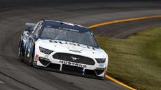 Auto: Americanul Kevin Harvick, învingător în cursa NASCAR de la Pocono