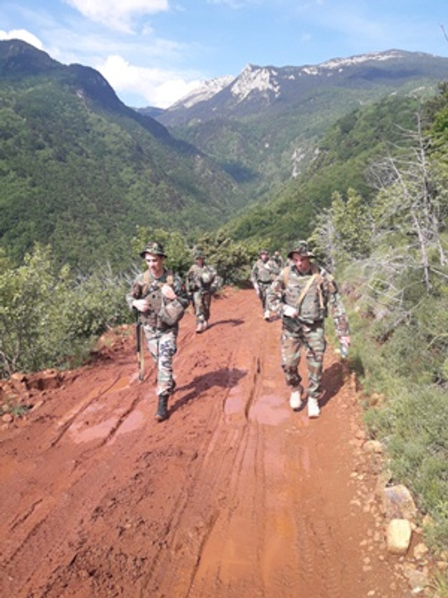 GALERIE FOTO | Militarii Armatei Naționale, înoperațiunea demenținere apăcii KFOR din Kosovo