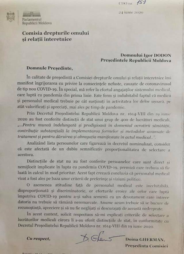 """""""Medicii, care au primit distincții de stat, au fost selectați în baza preferințelor politice"""". Președintele Comisiei pentru drepturile omului îi cere lui Igor Dodon explicații (DOC)"""