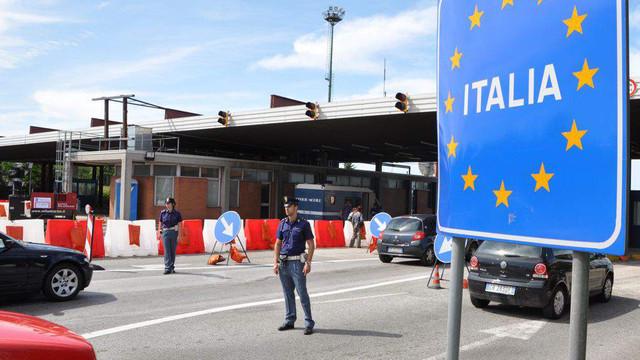Austria a anunțat că nu redeschide momentan granița cu Italia