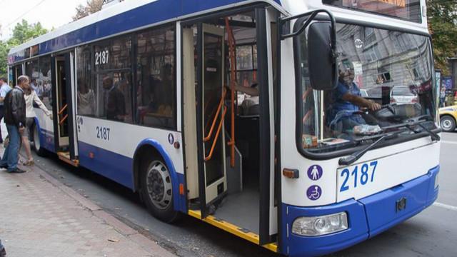 PROGRAM de circulație a transportului public, în legătură cu sistarea traficului pe unele străzi în următoarele zile