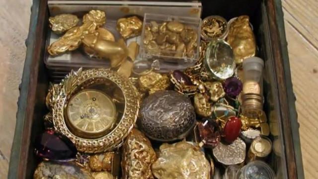 O celebră comoară de 1 milion de dolari, ascunsă în Munții Stâncoși de un colecționar excentric, a fost găsită după 10 ani de căutări