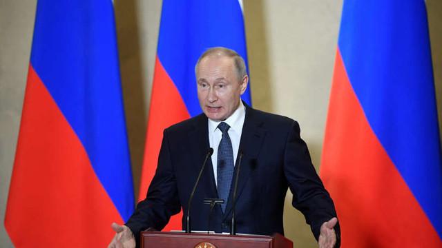 Vladimir Putin: Rusia nu a luat Crimeea. A fost a noastră întotdeauna