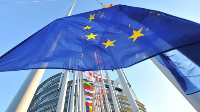 UE ar putea recomanda statelor membre să nu permită accesul americanilor în Europa din cauza creșterii numărului de cazuri de Covid-19