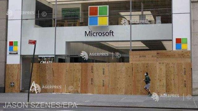 Microsoft își închide magazinele fizice și se concentrează pe online