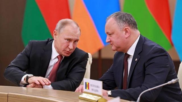 Gazeta de Chișinău: Relațiile economice cu  Rusia s-au redus semnificativ, iar servilismul exagerat al lui Dodon față de Kremlin este și mai greu de explicat (Revista presei)