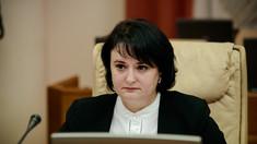"""Igor Dodon a anunțat că vrea să o decoreze pe Viorica Dumbrăveanu, ministru al Sănătății, Muncii și Protecției Sociale, pentru ordinul """"Gloria Muncii"""""""