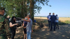 VIDEO | Viceprim-ministra pentru Reintegrare și ministrul Apărării au inspectat posturile ilegale instalate de Tiraspol in unele localități din raionul Dubăsari