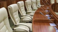 Deputații vor face astăzi o nouă încercare de a se întruni în plenul Parlamentului după două tentative eșuate de săptămâna trecută