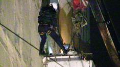 Balustrada unui balcon dintr-un bloc de locuit din sectorul Botanica s-a prăbușit
