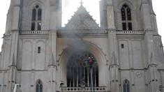 Fazele de securizare și de consolidare a catedralei Notre-Dame din Paris au fost finalizate