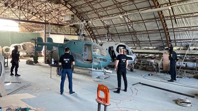 """Proprietarul hangarului comentează cazul """"elicopterelor produse ilegal la Criuleni"""""""