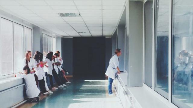 Stagiul practic pentru studenții de la medicină, care urma să înceapă la 6 iulie, a fost amânat