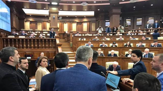 Deputat din opoziție: De ce asumarea de răspundere a guvernului pentru rectificarea bugetului este o mare eroare