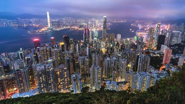 Tensiuni între China și Marea Britanie pe tema Hong Kong. Beijing acuză: Această decizie constituie o ingerință grosolană