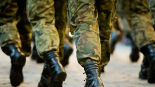 Un nou contingent de militari pleacă într-o misiune KFOR