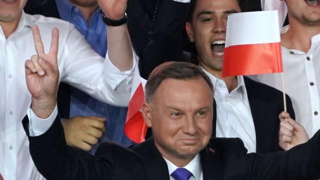 Polonia alegeri: Andrzej Duda, câștigător la limită, potrivit ultimului sondaj