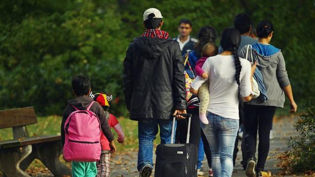 Doar 100 de migranți reveniți au găsit un loc de muncă în R.Moldova. EXPERT: Rata șomajului ar putea crește, e nevoie de măsuri de redresare a economiei