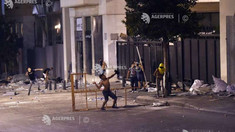 Liban: Forțele de ordine au lansat gaze lacrimogene asupra manifestanților care încercau să intre în parlament
