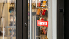 Rămâne în vigoare interzicerea mai multor activități. ANSP a închis două frizerii și un magazin la care au fost depistate încălcări