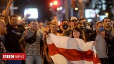Noi acțiuni de protest, în această dimineață, în Belarus. În mai multe orașe, zeci de femei au format lanțuri umane