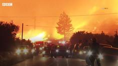 VIDEO | Imaginile apocalipsei climatice în California. Un incendiu de pădure scăpat de sub control a devenit o tornadă de foc