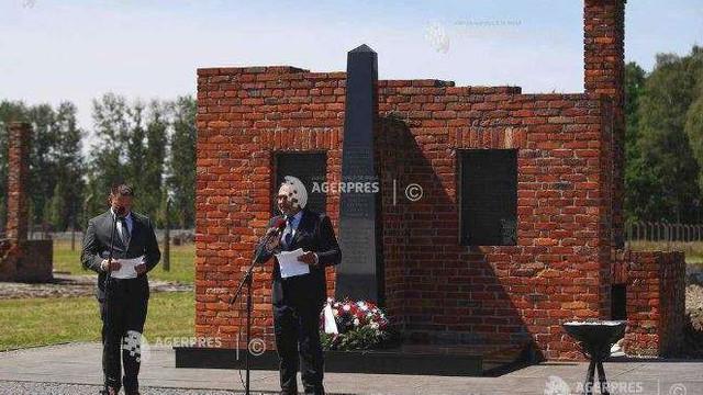 Ceremonie la Auschwitz pentru comemorarea victimelor holocaustului romilor