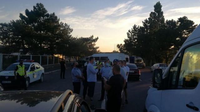 Mai mulți transportatori auto au blocat traseul la punctul de trecere a frontierei Leușeni
